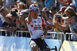 Caleb Ewan sprints to victory in Down Under Classic