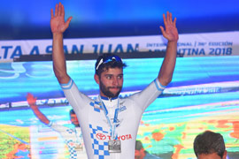 Gaviria debuts with a win in the Vuelta a San Juan