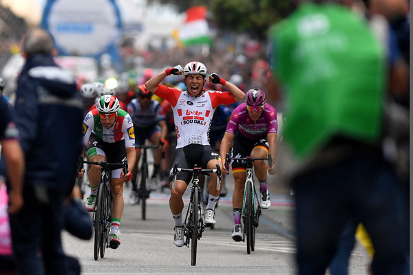 Ewan wins Giro stage 8