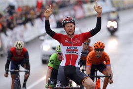 Wellens wins Ruta del Sol stage 5