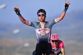 Tim Wellens wins Giro d'Italia stage 4